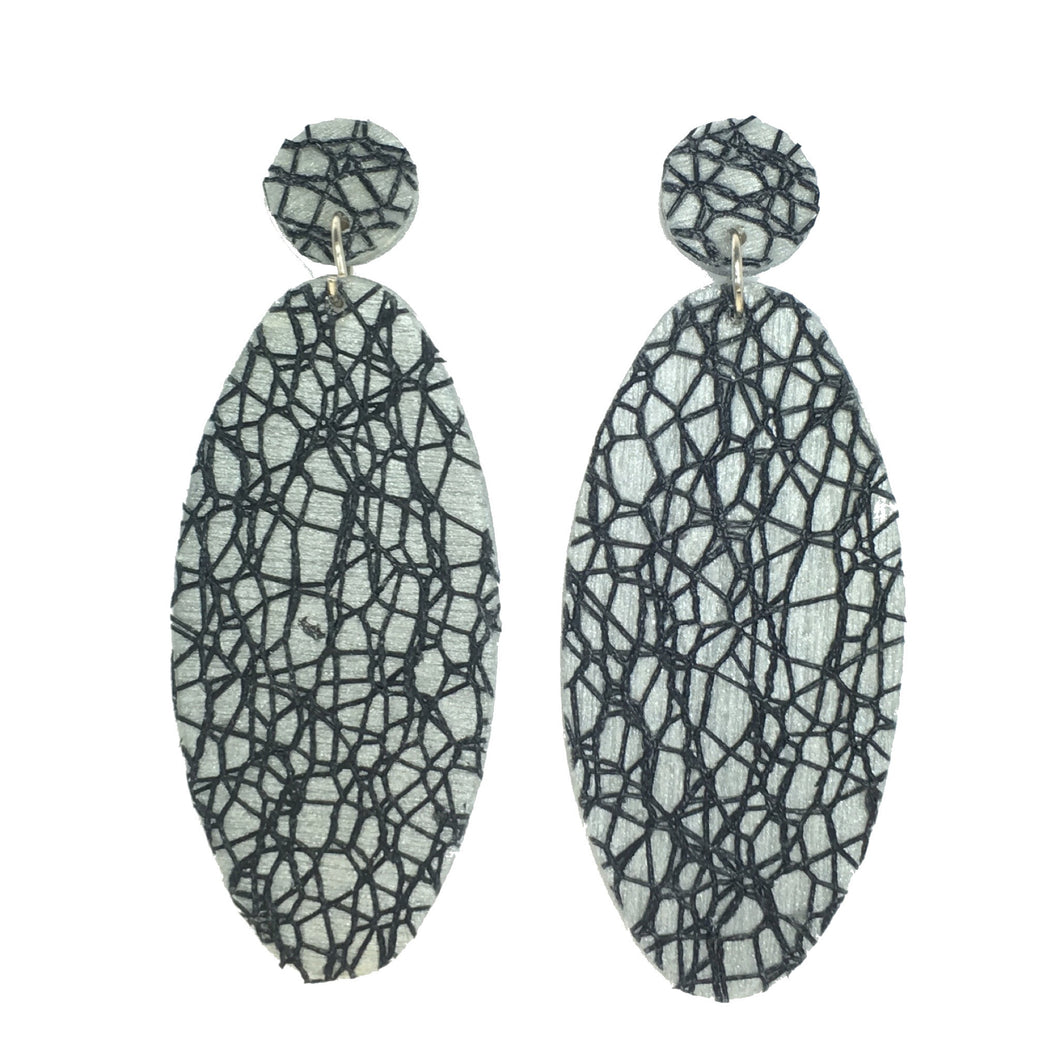 Black Net Over Wood Painted Silver Earrings #E513
