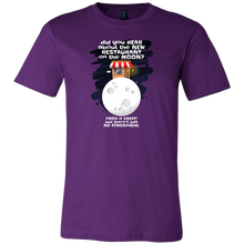 Joke Novelty Gift T Shirts,Hear about the New Restaurant on the Moon?Tshirt