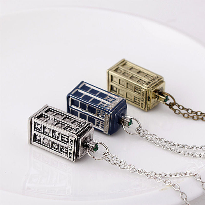 3D Doctor Who TARDIS Police Box Pendant Necklace    FREE SHIPPING...