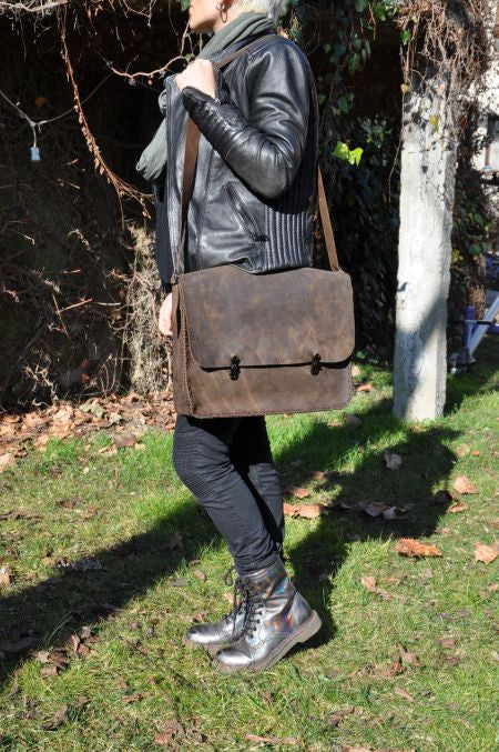 LoveJewelry Designer Bag 100% Hand Made and Genuine Leather Q7/Cool UNISEX FREE SHIPPING... and ON SALE NOW