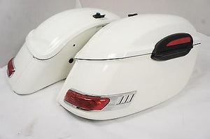 Universal RS Hard Saddlebags - Gloss White