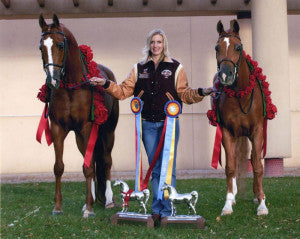 Champion Arabian Horse Trainer uses HOOF-it Products