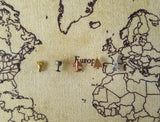 Tolkien Quote Grey and White World Push Pin Map