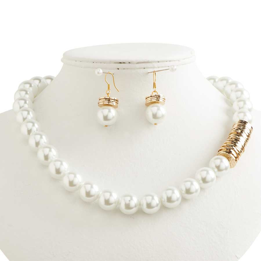 Pearl & Gold Disc Necklace & Earrings