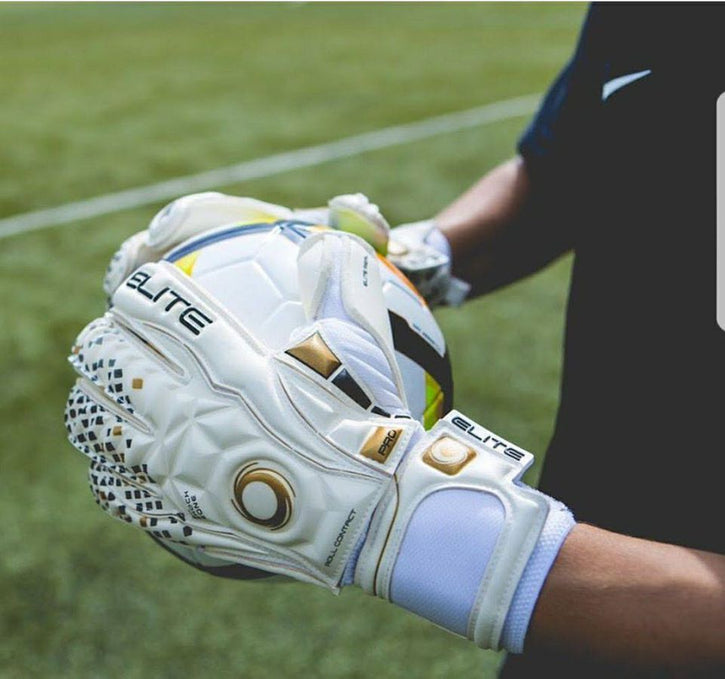 Tips on Buying Goalkeeper Gloves
