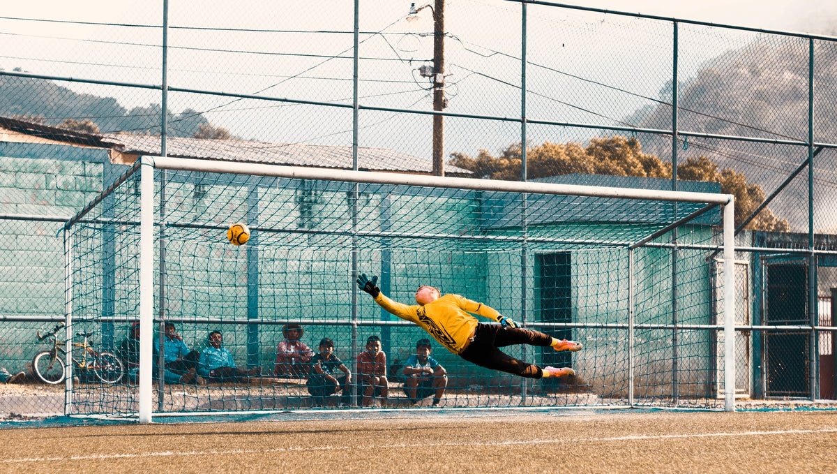 Best Training Drills for Goalkeepers
