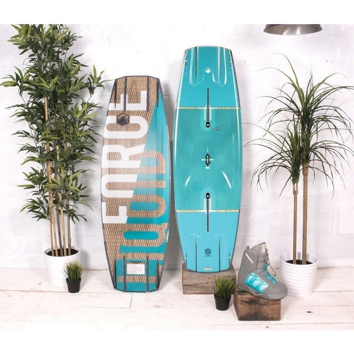 Wakeboard Package - Liquid Force Dose Watson Wakeboard Package W/ Form 4D Bindings