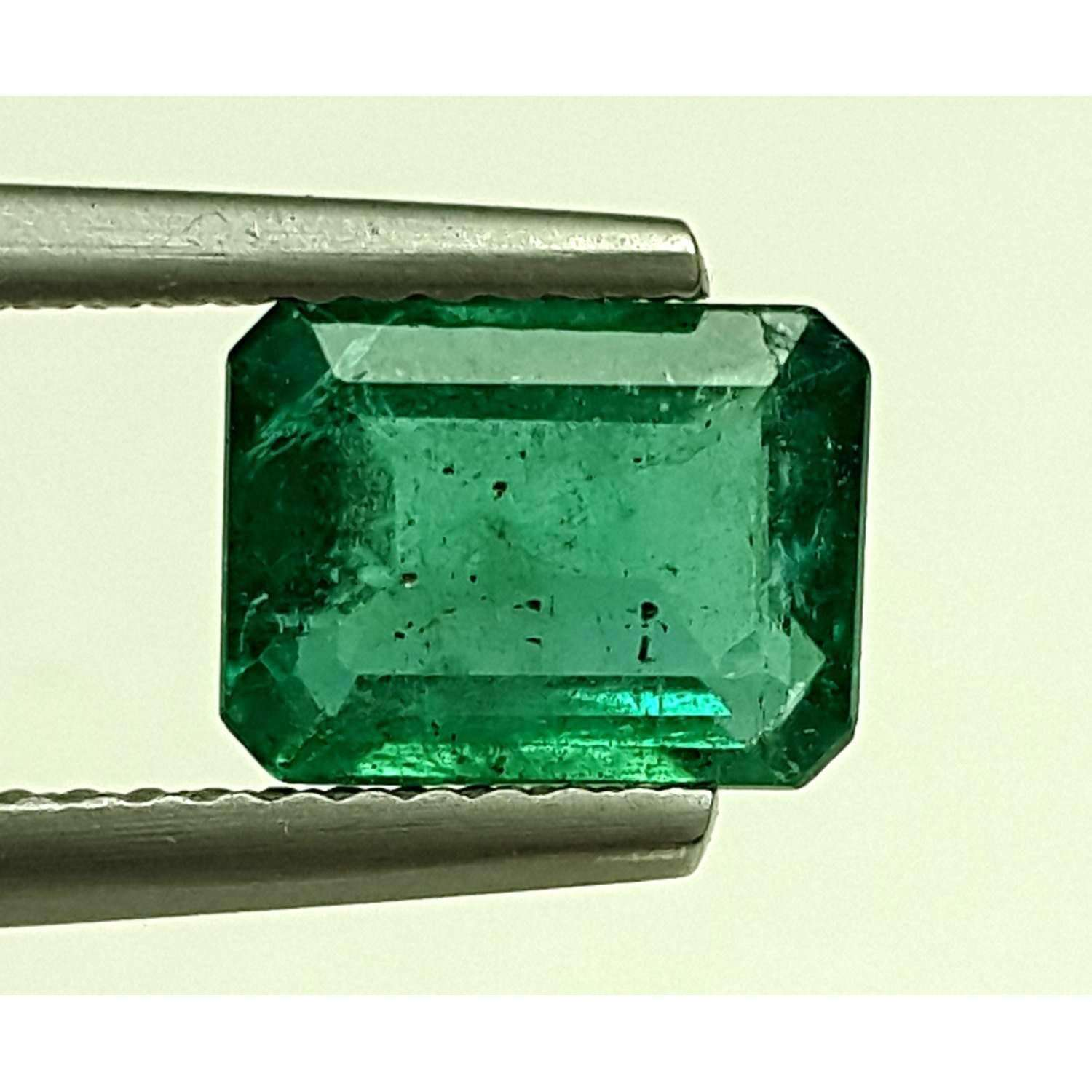 1.89 CT Natural Emerald With IGITL Certificate, Octagon Shape 8.22X6.26X4.40 MM
