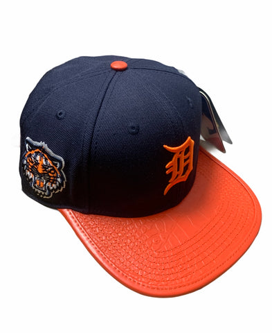 Detroit Tigers Pro Standard snap back navy with orange leather bill