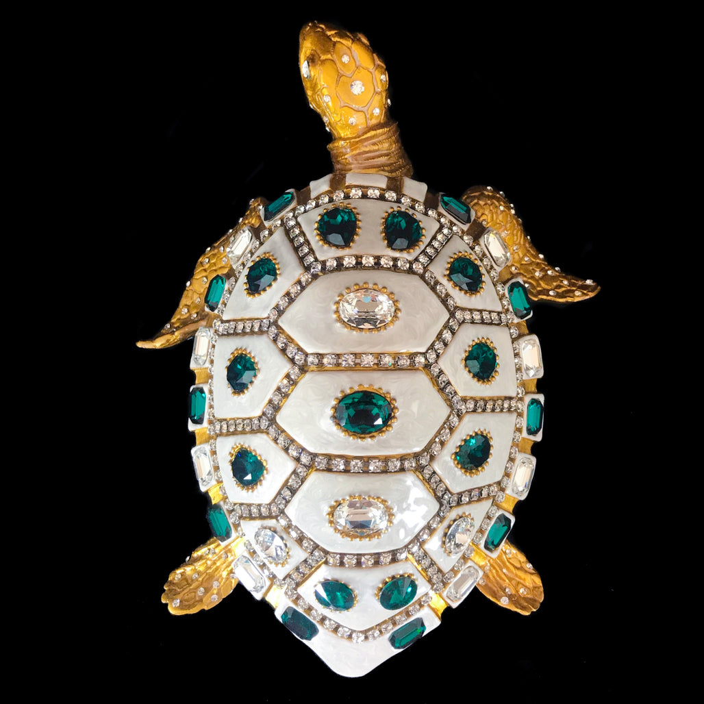 Mother of Pearl Sea Turtle Featuring Emerald & Clear Swarovski © Crystals
