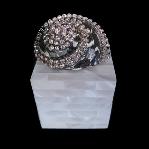 Mother of Pearl Banded Black Pica Turbo Shell  Ring Box Featuring Swarovski © Crystal