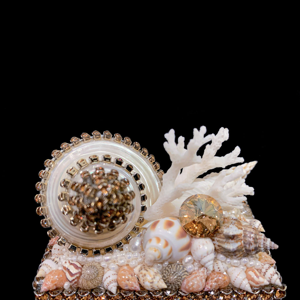 Topaz Shell Cluster Ring Box Featuring  Swarovski ® Crystal
