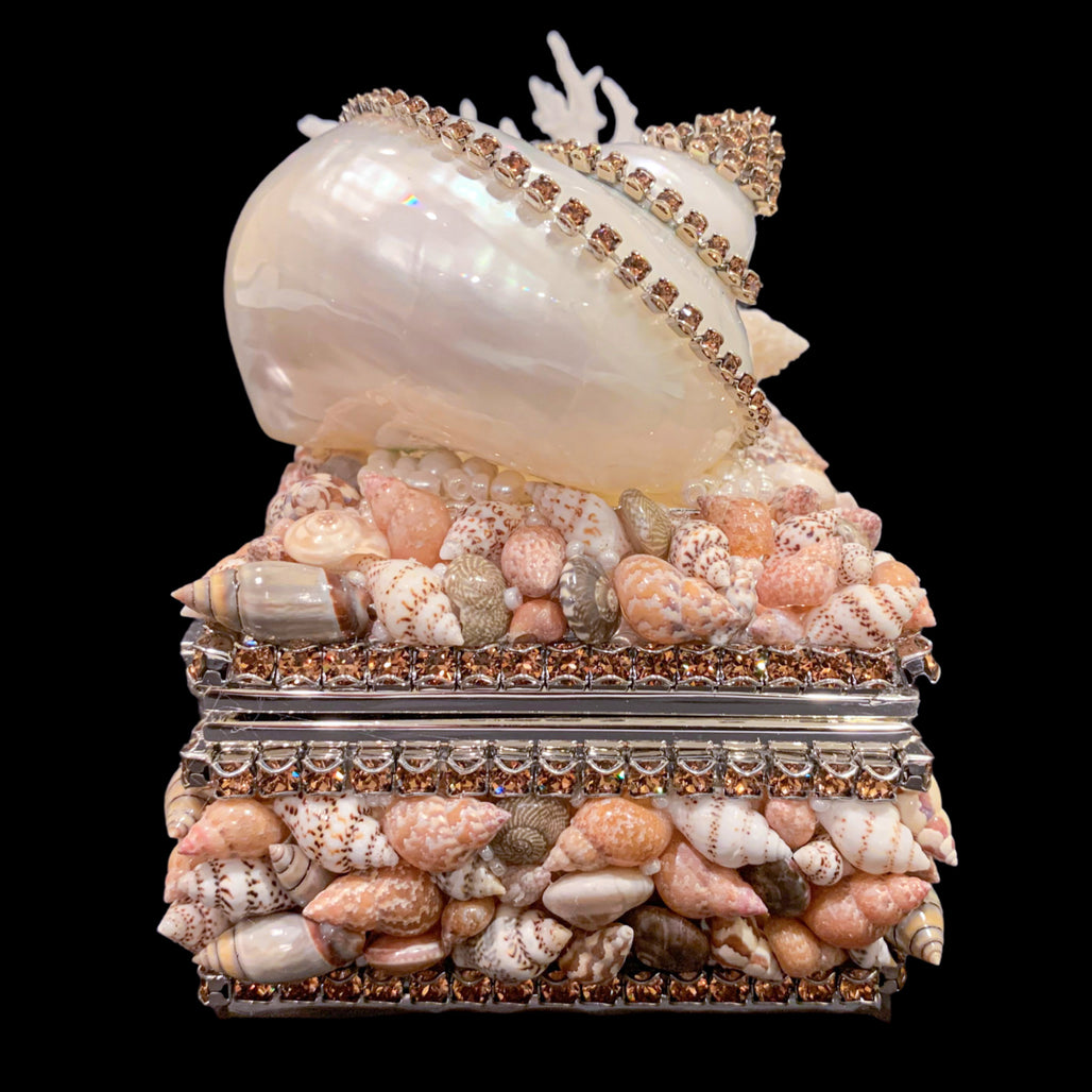 Topaz Shell Cluster Keepsake Box Featuring Swarovski © Crystal