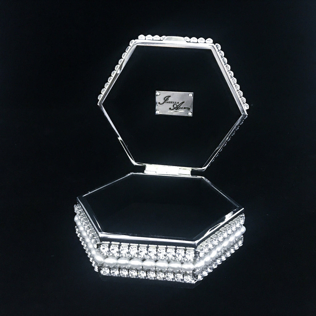 5 Pearl Setting Hexagon Box Featuring Swarovski © Crystals