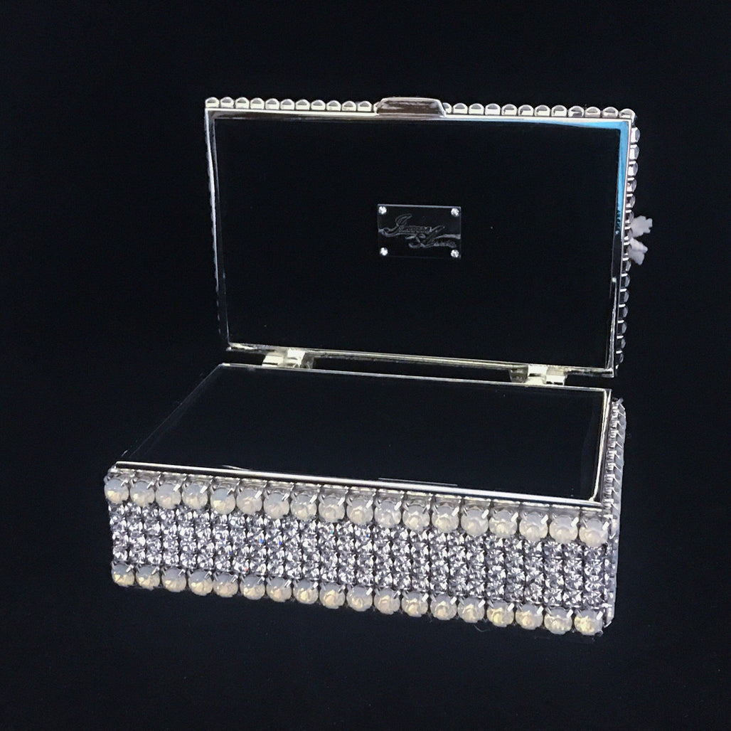 Nautilus Keepsake Box Featuring Swarovski © Crystal