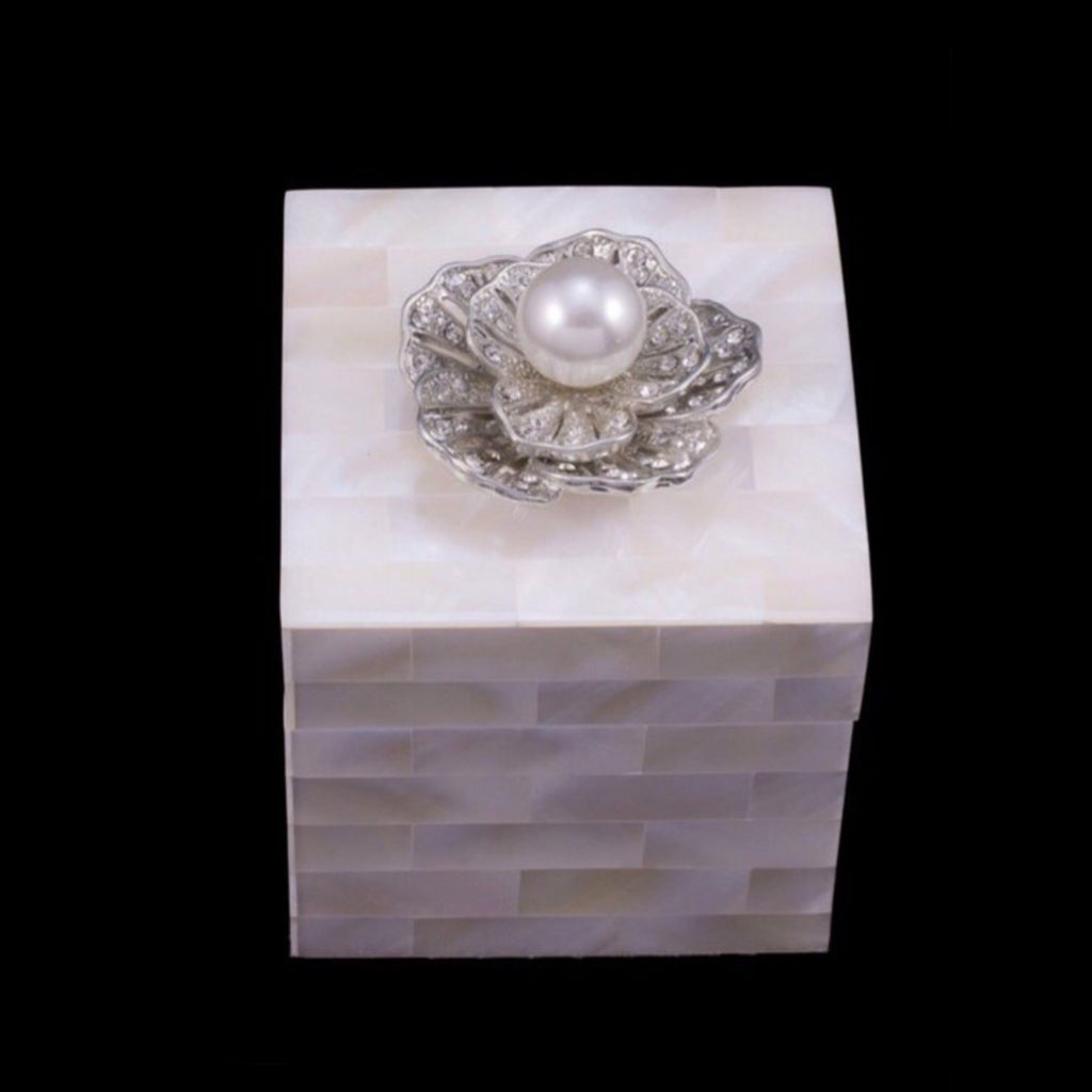 Mother of Pearl Single Pearl Engagement Ring Box Featuring Swarovski ® Crystal