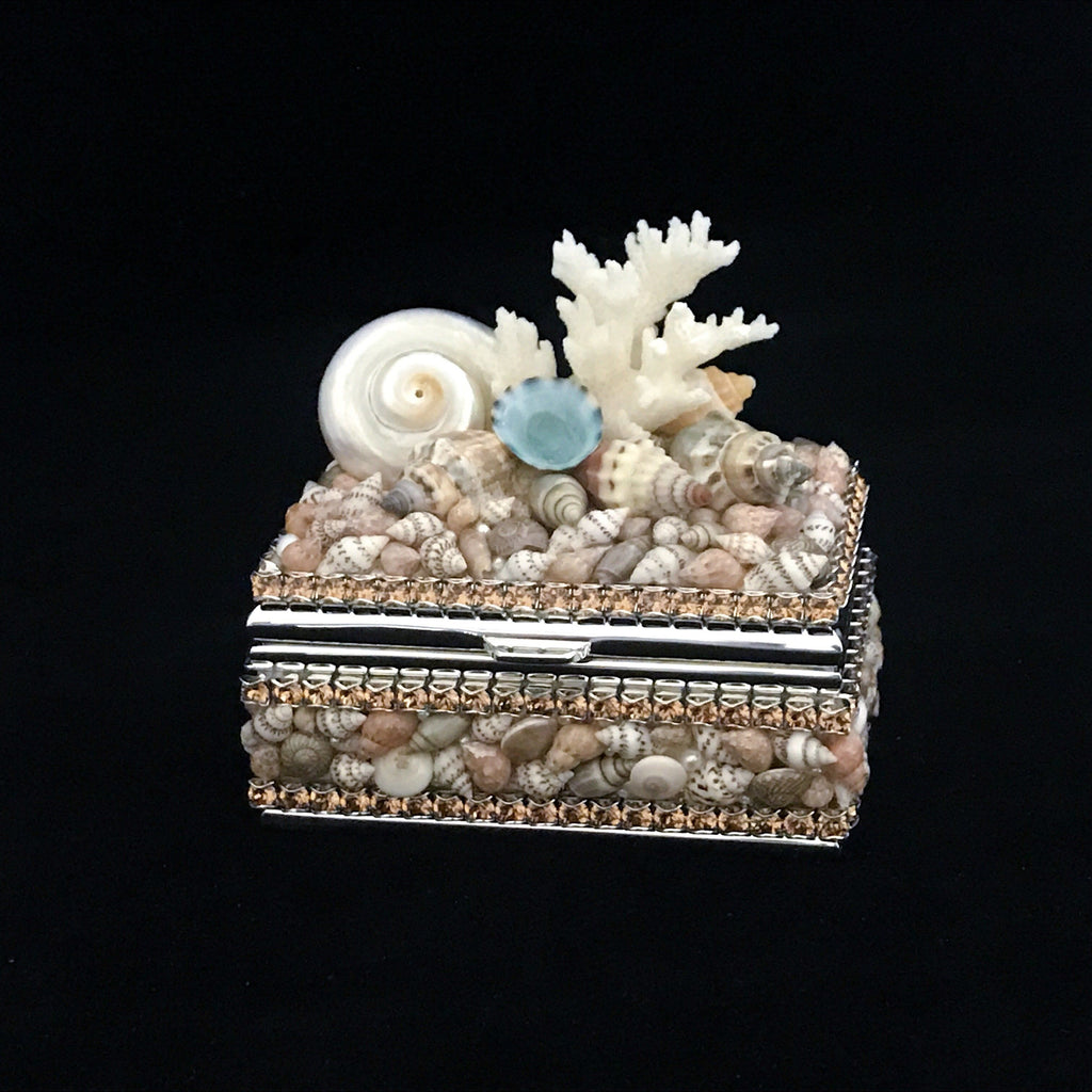 Mixed Shell Ring Box Featuring Topaz Swarovski © Crystals