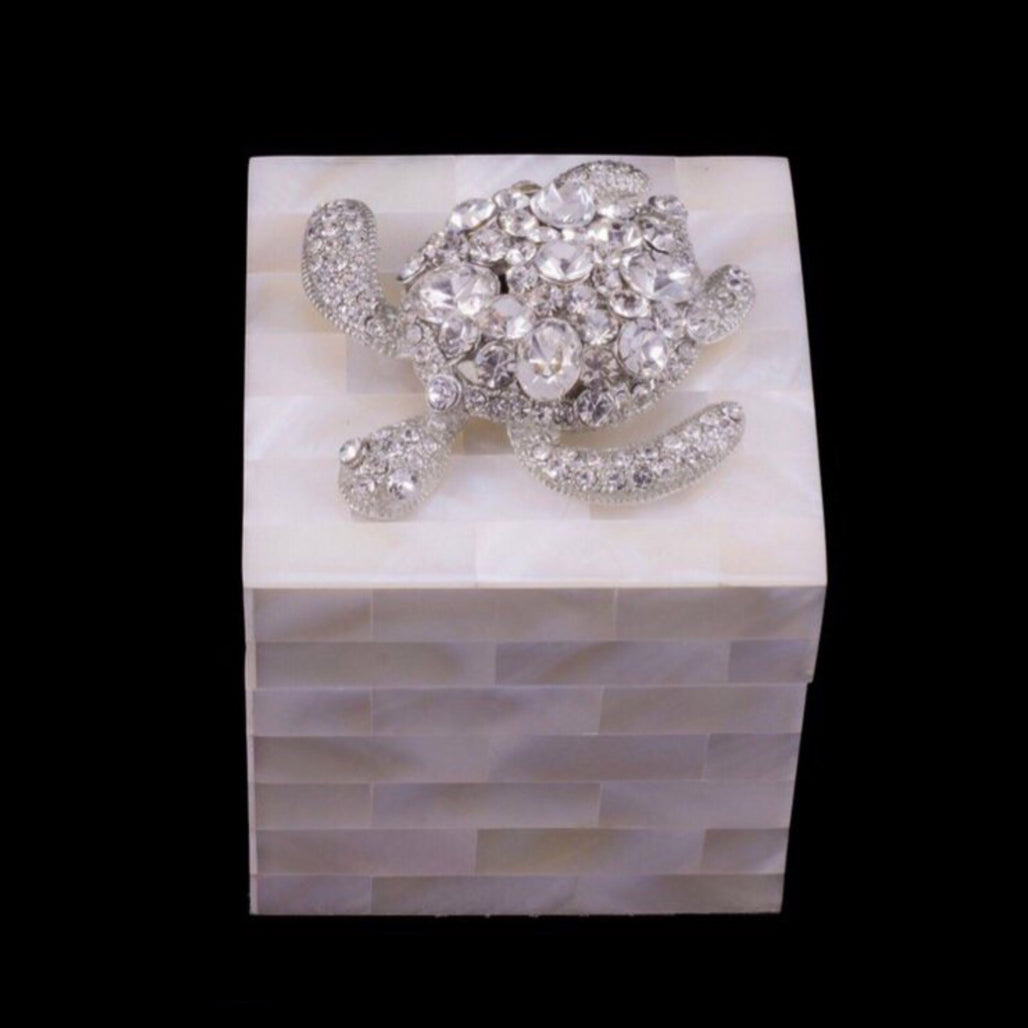 Mother of Pearl Ring Box Featuring Clear Swarovski © Crystal Sea Turtle