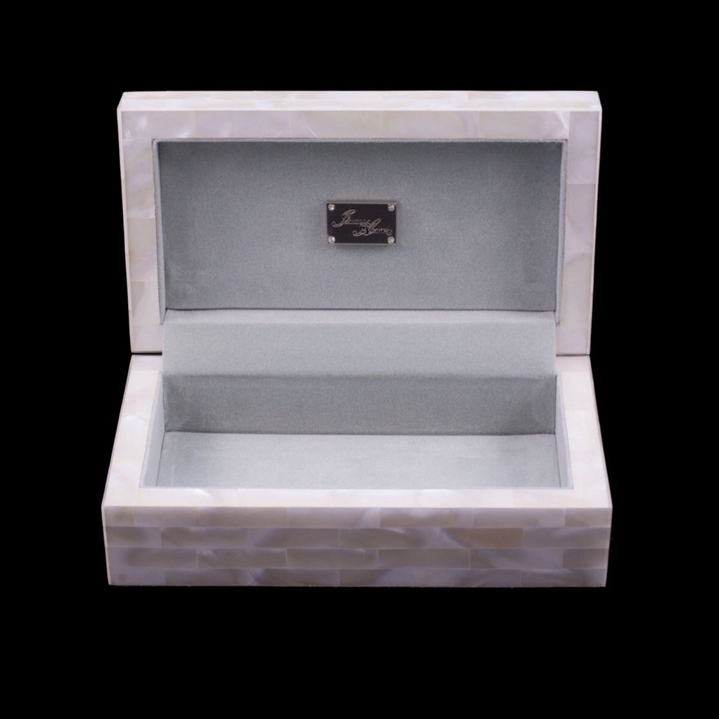 Mother of Pearl Jewelry Box Featuring Jade Turbo Sea Shell and Swarovski © Crystals