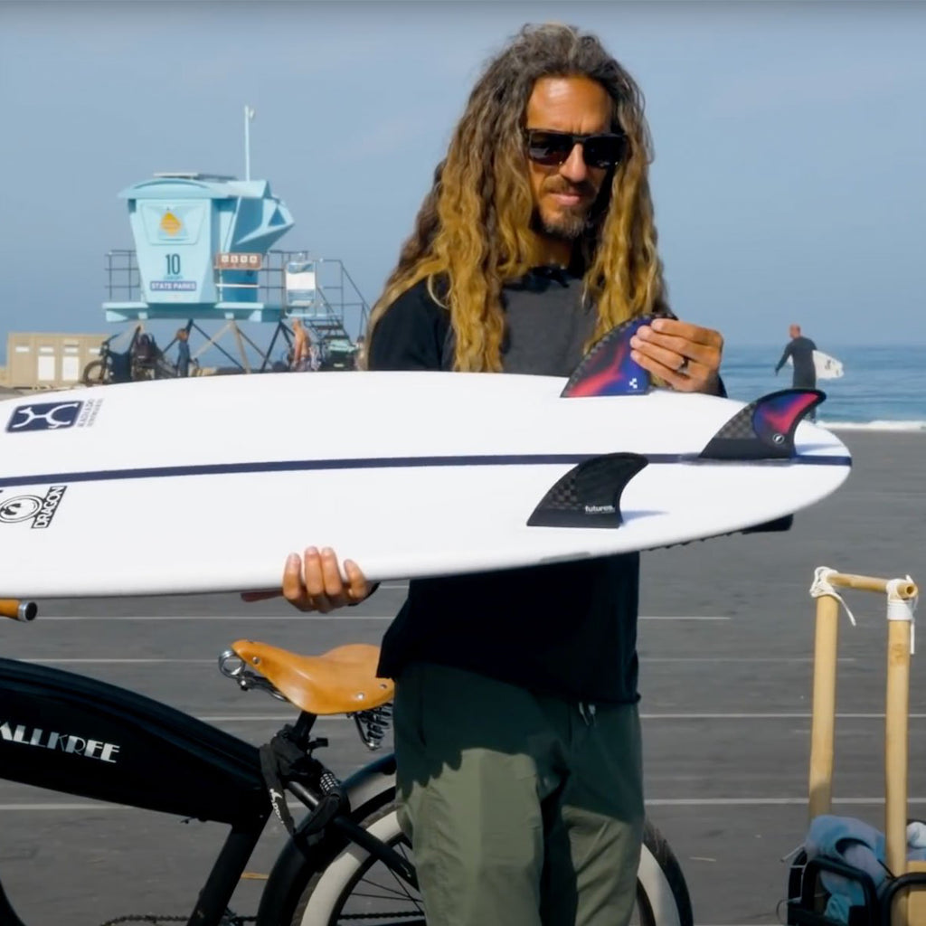 Futures - THRUSTERS -  Rob Machado Pivot V2 Large Blackstix Thruster - Swirl