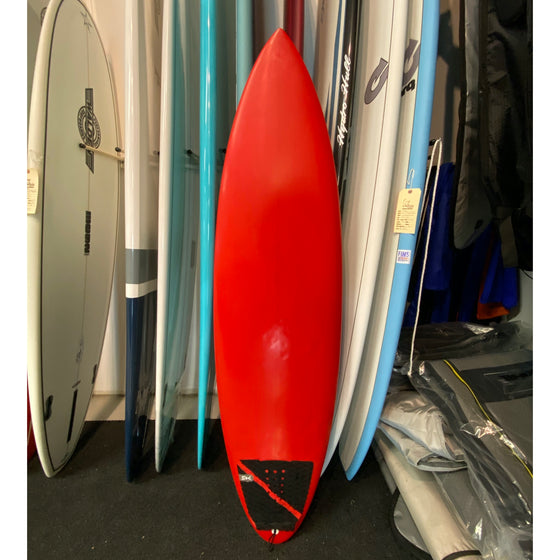 Super Brand 6'0 Pig Dog  - Red Tint Poly 5-FUT - USED*