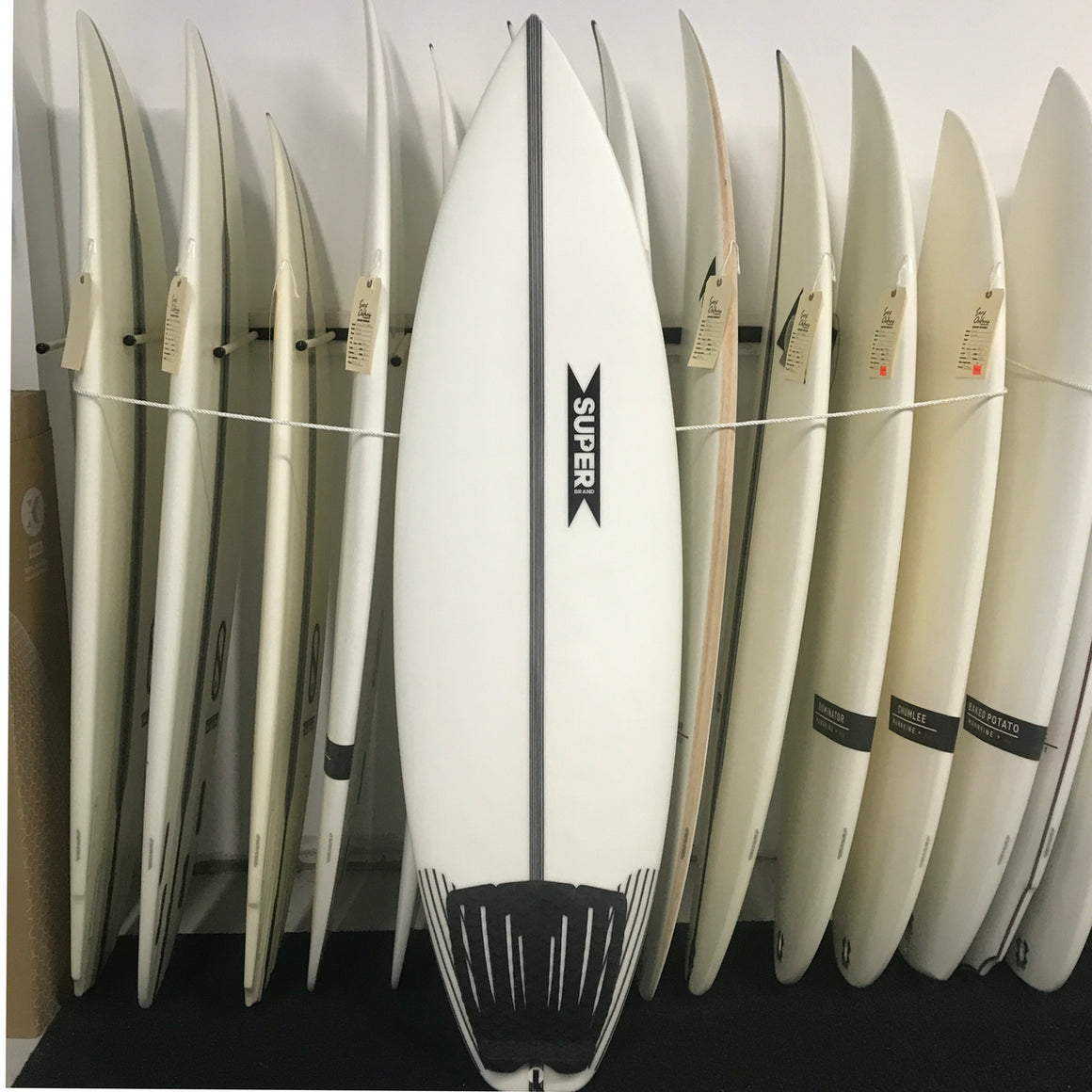 Super Brand 5'10 Magic Mix - Futures - USED*