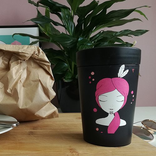 Ema Frost Coffee Cup - Amelia Hine (Pink)