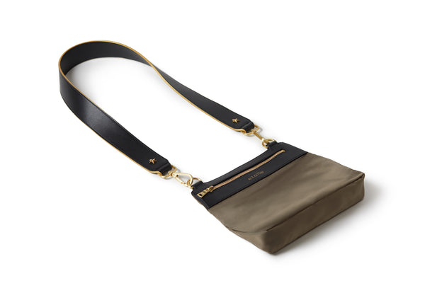 Crossbody Caviar / Black
