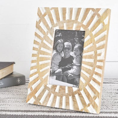 Carved Rays Photo Frame | Wood