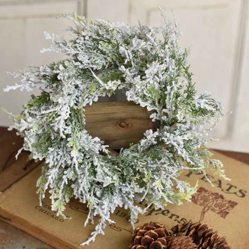 Snowy Banks Cedar Candle Ring | 16