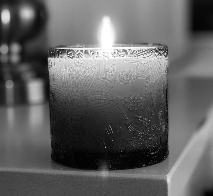 Lotus Flower Jar Soy Candles Black Frost