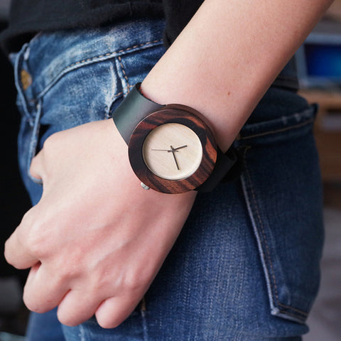Retro Round Women's Wooden Watches With