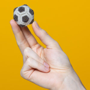 Speks 1000 - Duotone 2.5mm Magnet Balls Greyscale