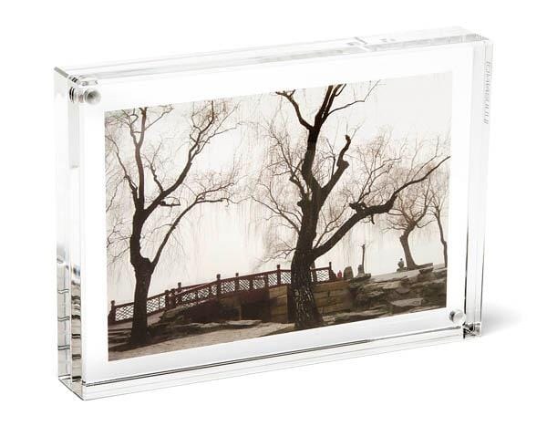 Clear Acrylic Magnetic Table Frame
