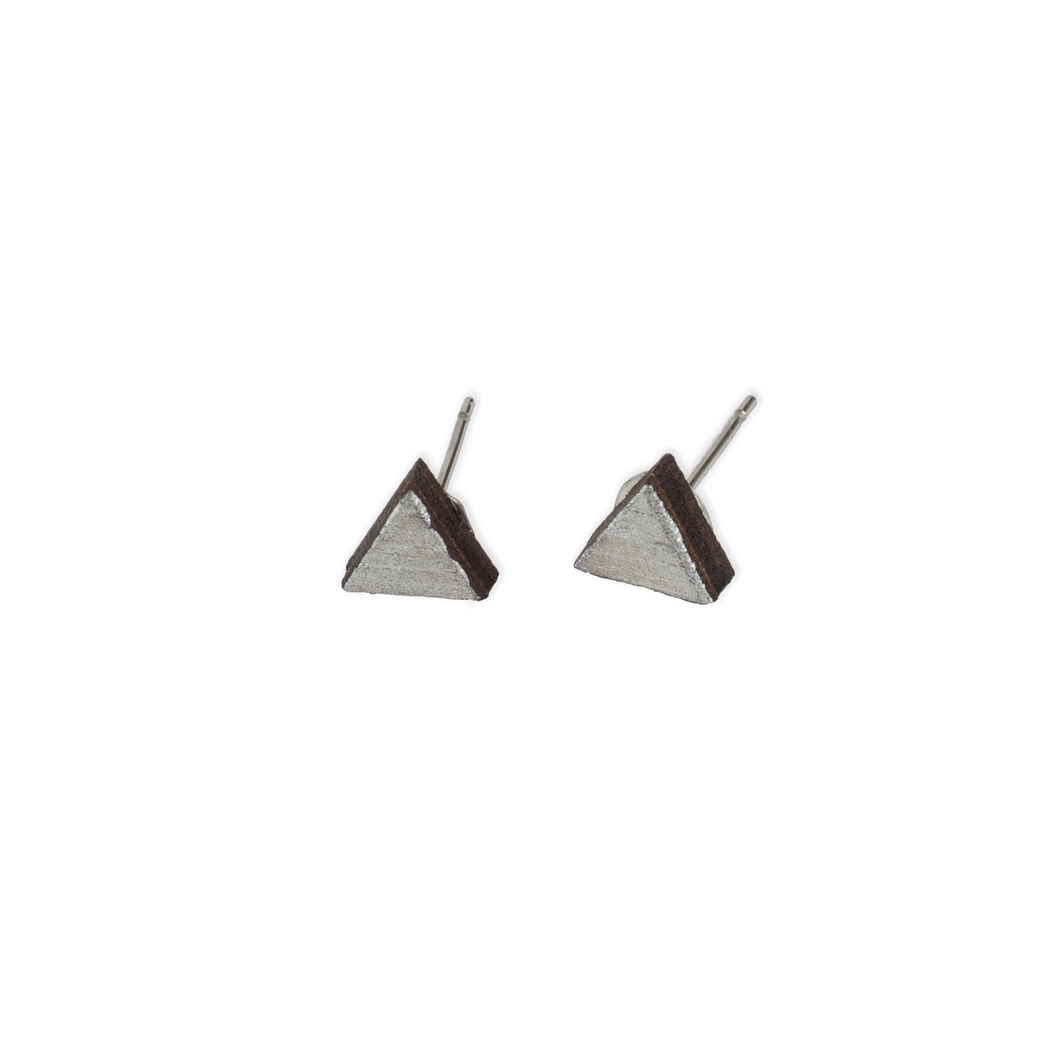 laser cut post earrings >> hypoallergenic >> silver triangle