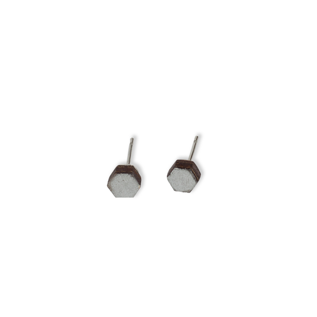 laser cut post earrings >> hypoallergenic >> silver hexagon