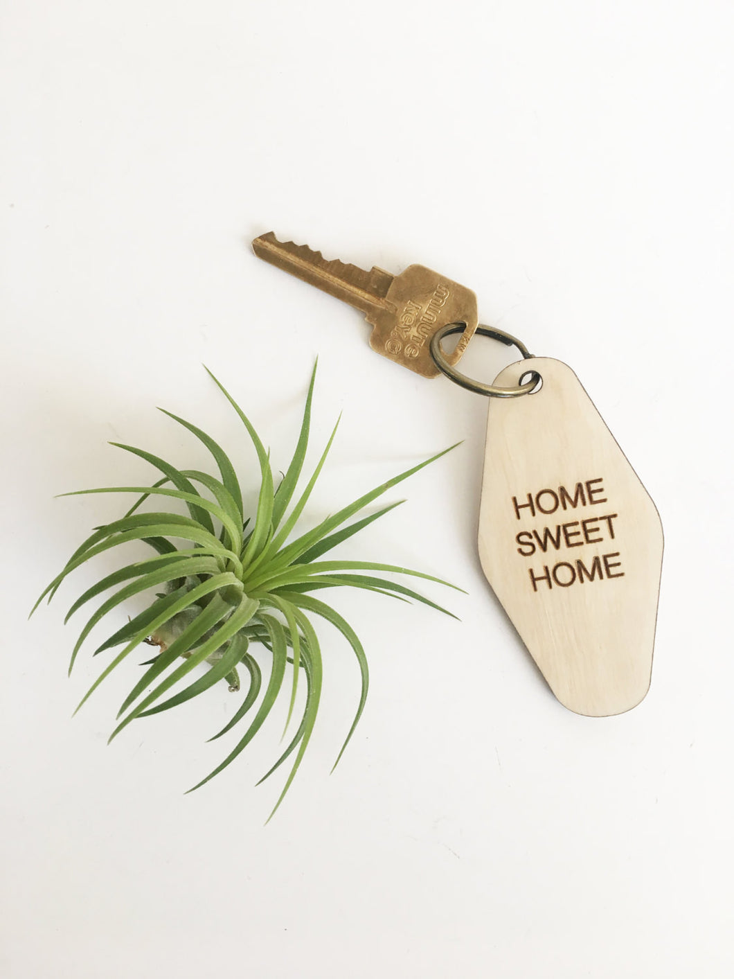 retro key fob >> wooden key chain >> home sweet home