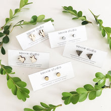 laser cut post earrings >> hypoallergenic >> monstera leaf