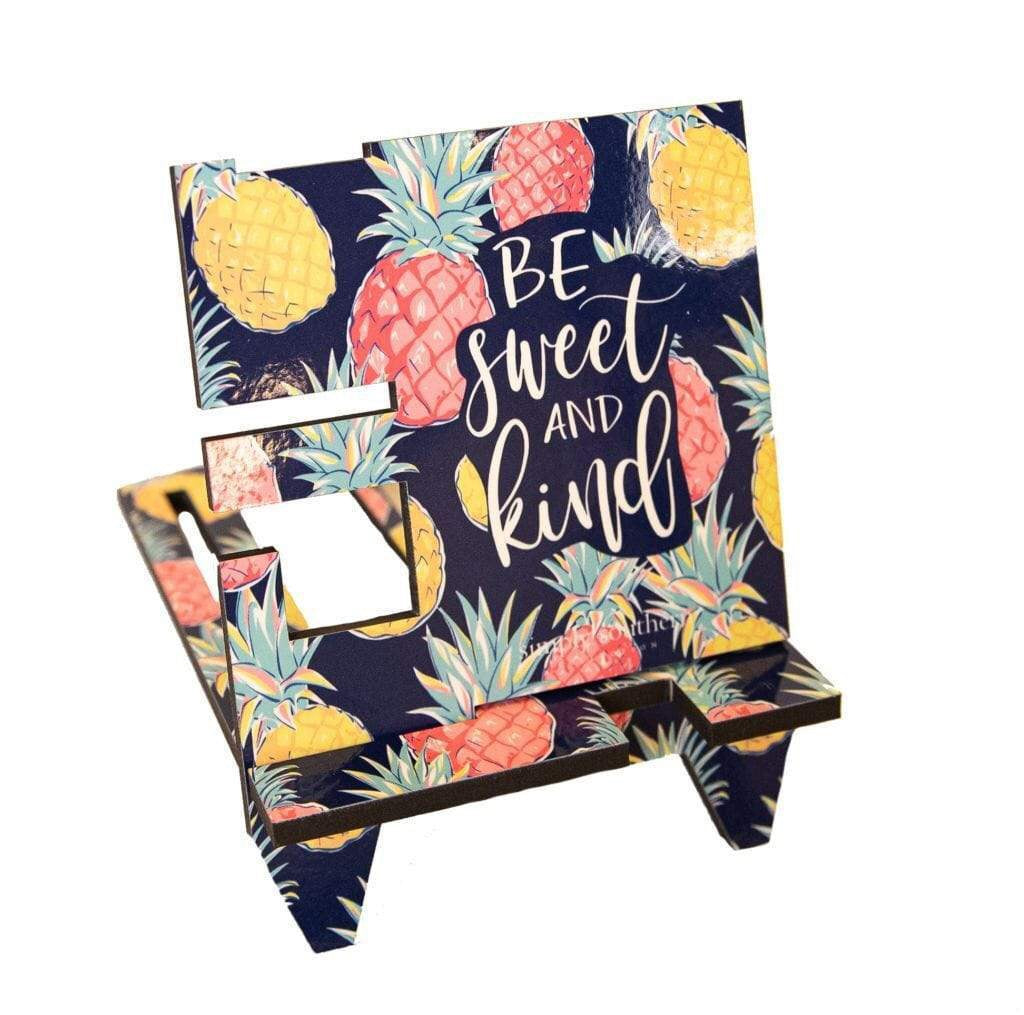 Simply Southern ~ Pineapple Phone Stands