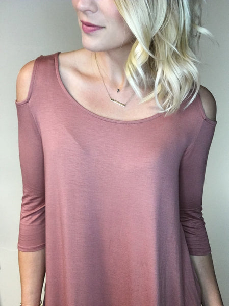 3/4 Sleeve Cut-Out Shoulder Tunic - Mauve