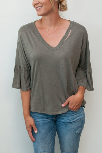 3/4 Sleeve Neck Cut Out Top