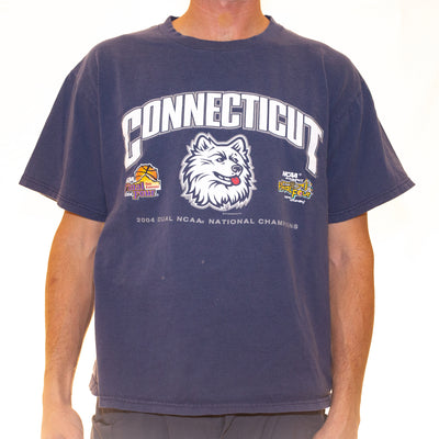 Vintage Connecticut Huskies Championship T-Shirt - L