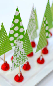 Christmas tree favors with patterned paper