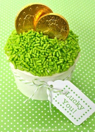 "St. Patrick's Day ""Lucky You"" cupcake"
