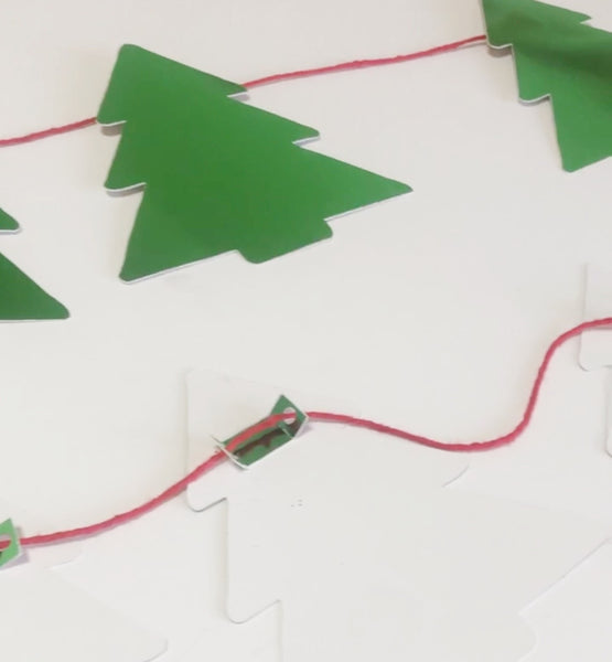 tree banner with tabs on back