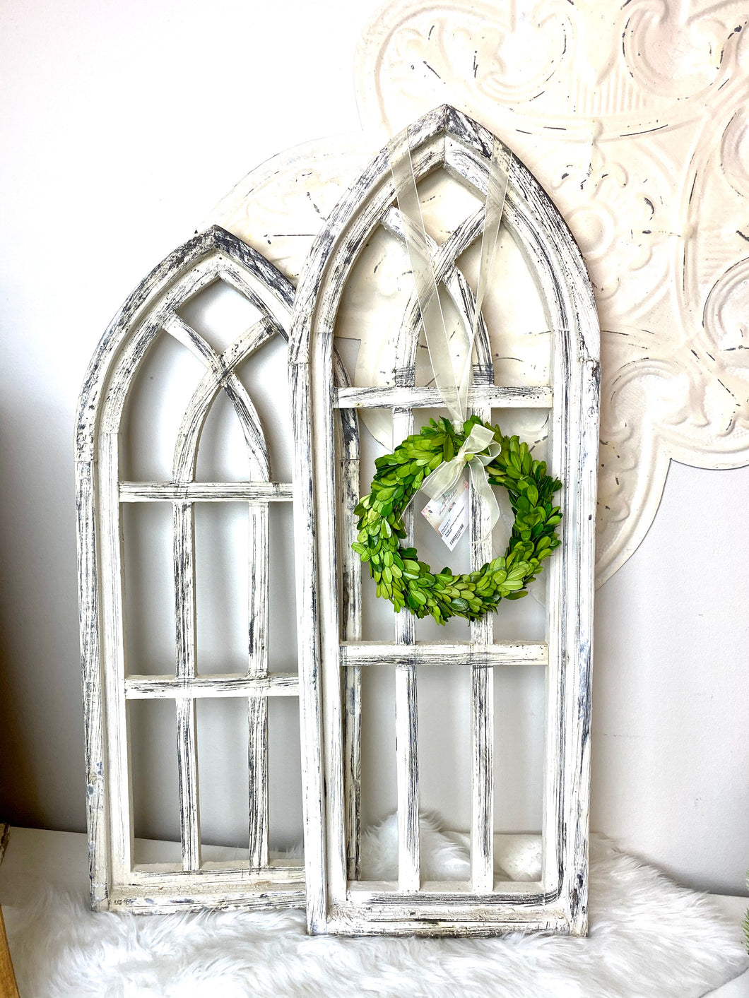 White Wood Arch Decor 28""