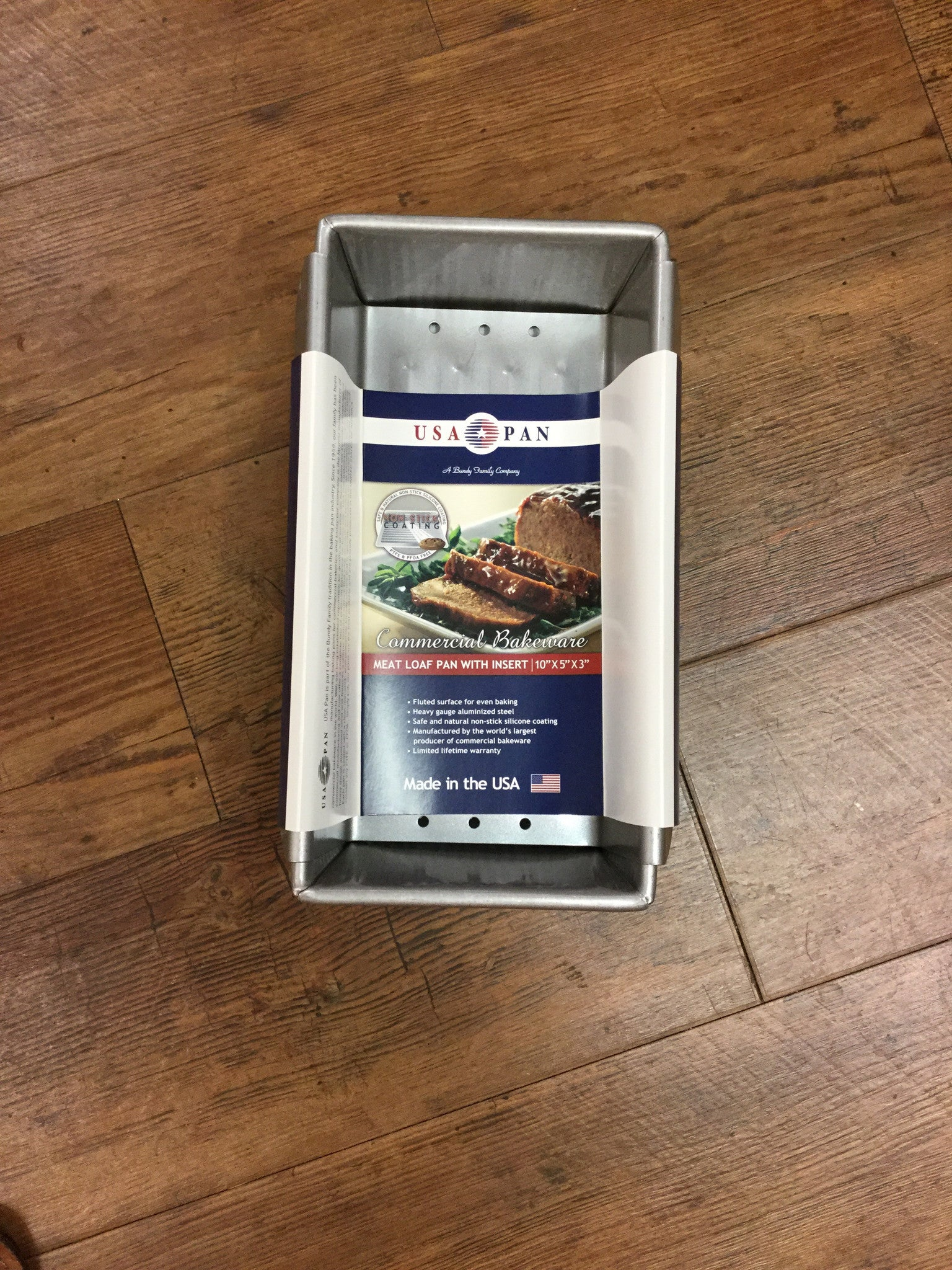 "USA Pan Meat Loaf Pan with Insert 10""X5""X3""  1157LF"