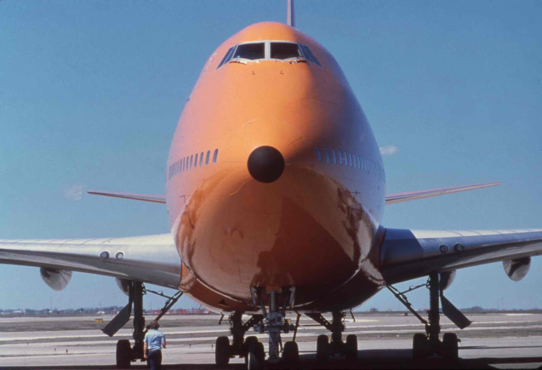 Poster Braniff International Boeing 747 at DFW Front View