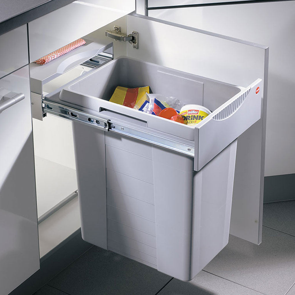 Hailo JUMBO 42 Rubbish bin, hidden in kitchen cabinet