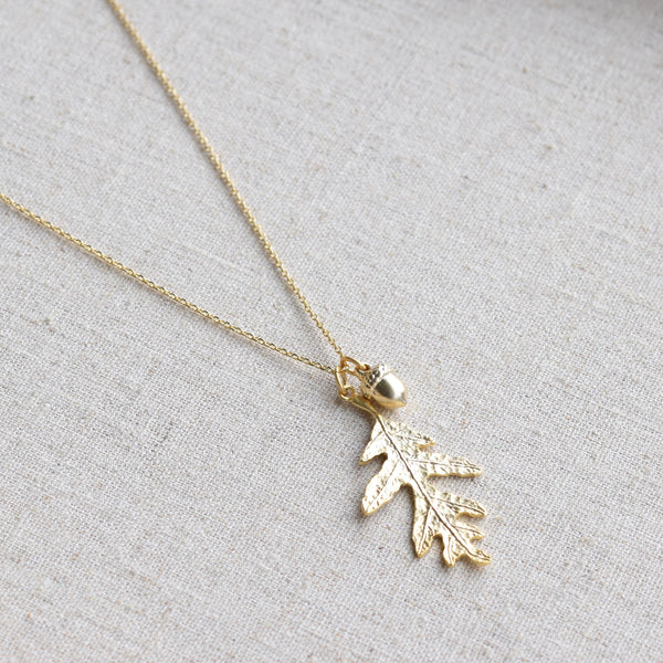 Oak Leaf Pendant Necklace ~ Gold